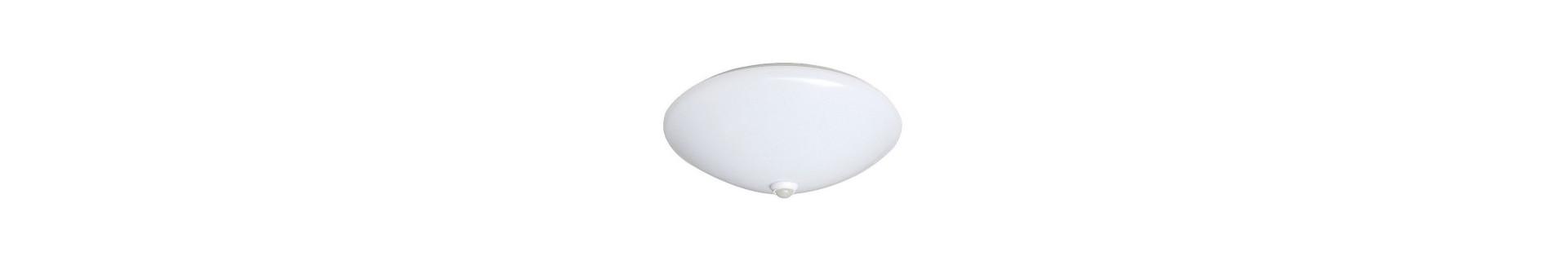 Funkcjonalne i zazwyczaj proste rozwiązania oraz źródła światła do codziennego zastosowania.